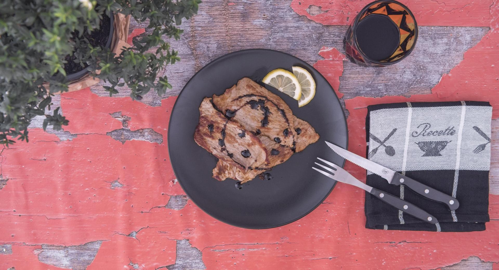 Kalbsschnitzel mit Zitronensauce