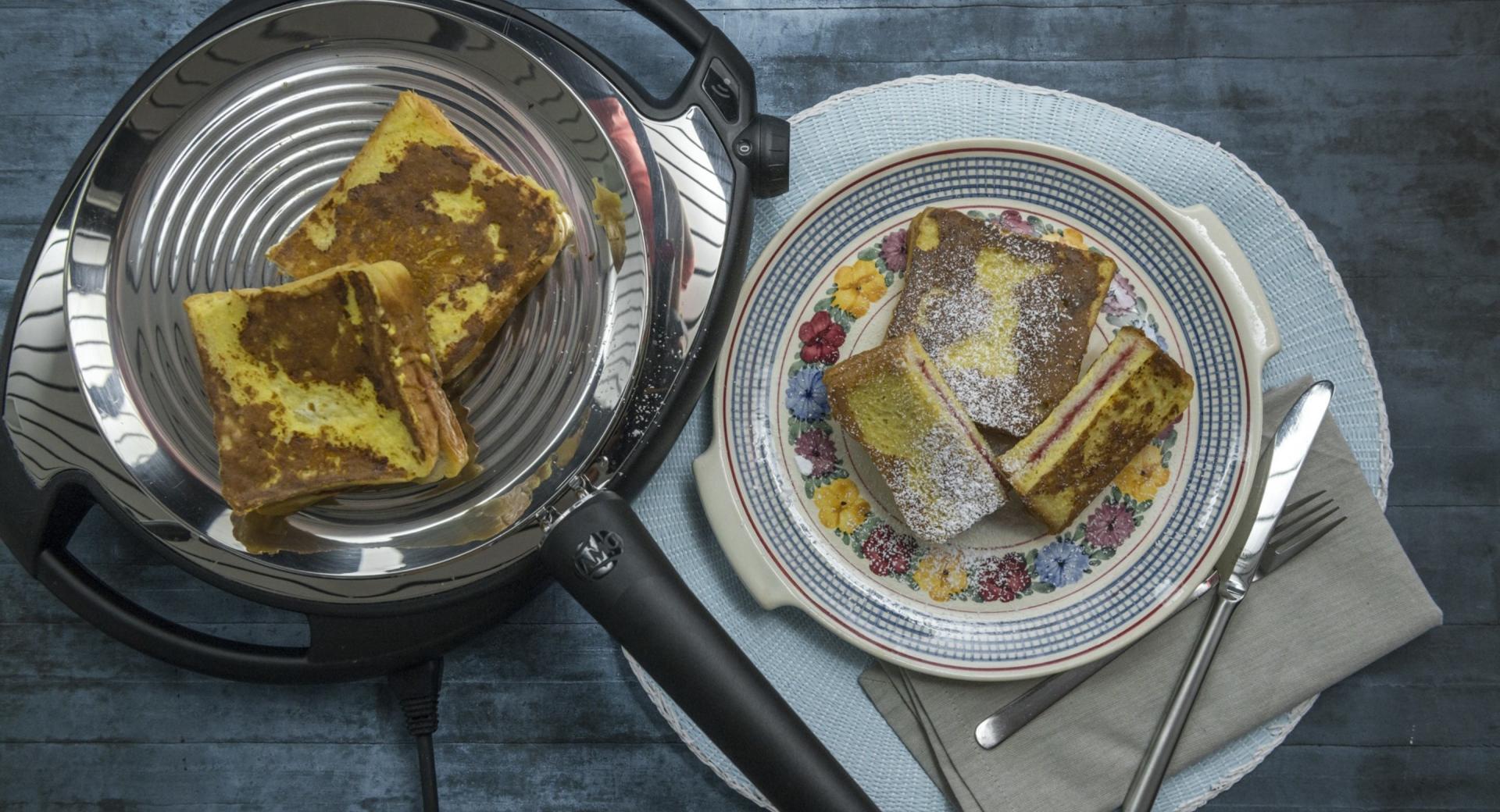 French Toast gefüllt mit Pflaumenmus
