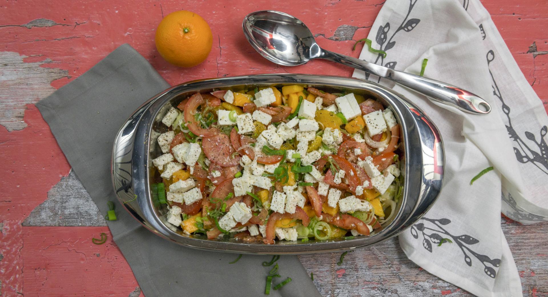 Tomatensalat mit Orangen und Feta