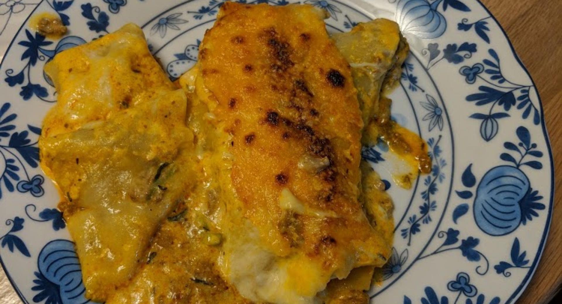 Cannelloni mit Zucchini-Hackfleisch-Füllung