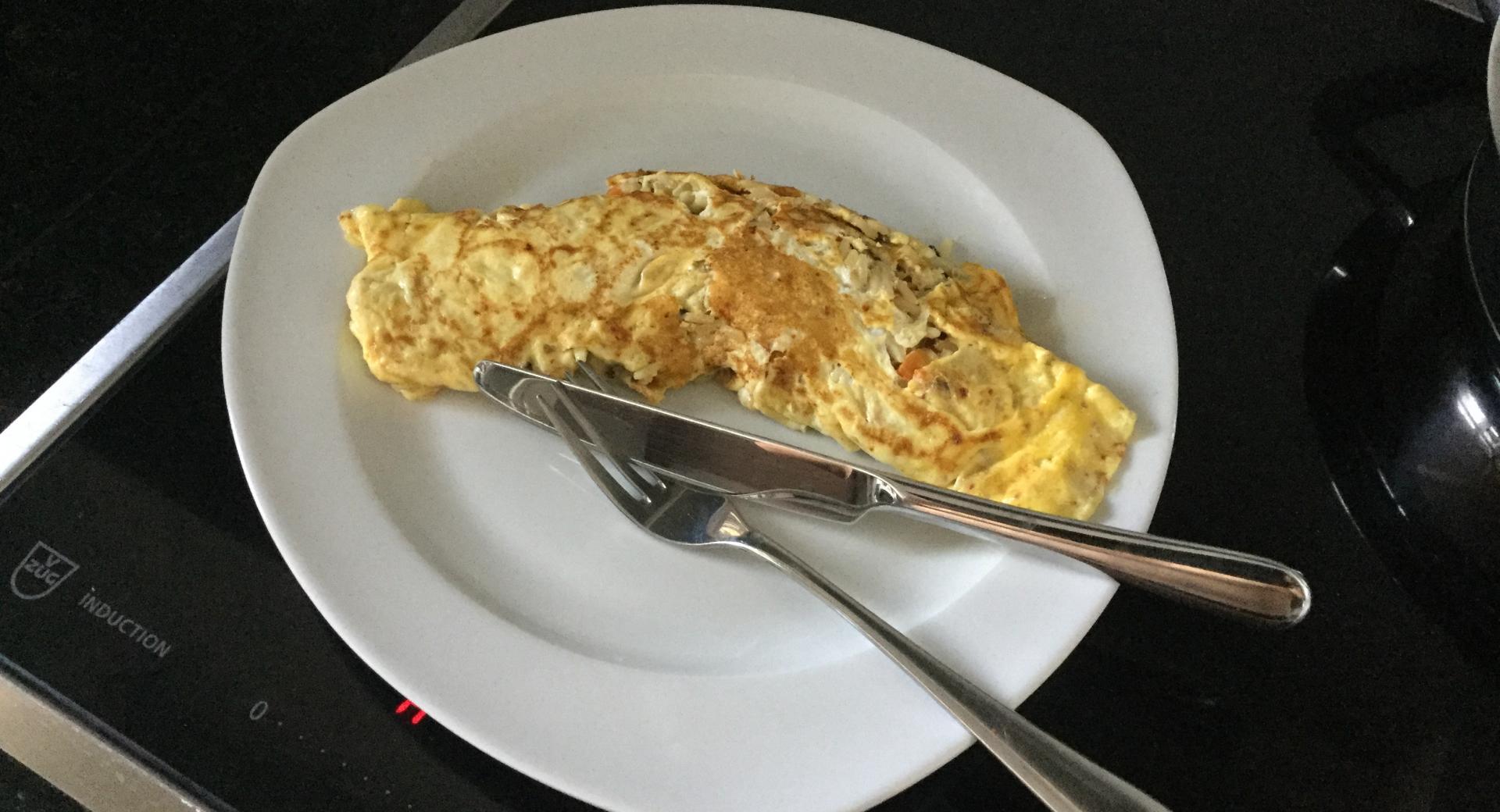 Omelette mit Gemüse-Kräuter-Wildreisfüllung