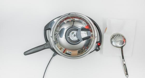 Frittiere mit Hilfe des Audiotherms bis der Wendepunkt bei 90 °C erreicht ist.