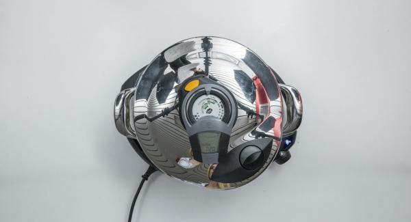 Setze den Audiotherm auf den Visiotherm Sund drehe bis das Turbo- und das Funk-Symbol erscheinen.Der Navigenio hat nun Funkkontakt und blinkt blau.