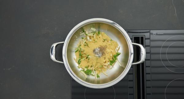 Mangoldstiele tropfnass zugeben. Couscous darüber streuen und mit Salz, Pfeffer und Kreuzkümmel würzen.