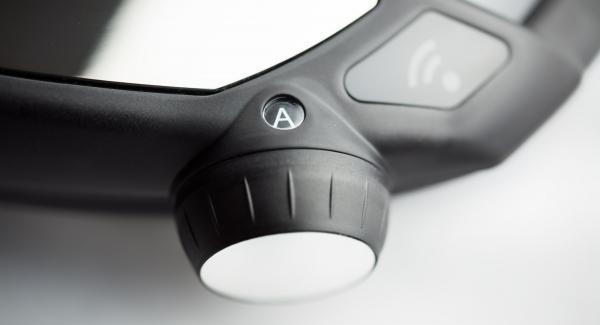 """Topf auf Navigenio stellen und diesen auf  """"A"""" schalten. Audiotherm einschalten, ca. 20 Minuten Garzeit am Audiotherm eingeben, auf Visiotherm aufsetzen und drehen bis das Gemüse-Symbol erscheint."""