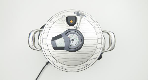 """Topf auf Navigenio stellen und diesen auf Automatik """"A"""" schalten, Audiotherm einschalten, ca. 5 Minuten Garzeit am Audiotherm eingeben, auf Visiotherm aufsetzen und drehen bis das Dampf-Symbol erscheint."""