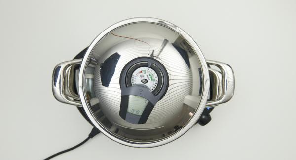 """Navigenio auf """"A"""" schalten, Audiotherm einschalten, ca. 10 Minuten Garzeit am Audiotherm eingeben, auf Visiotherm aufsetzen und drehen, bis das 60 °C -Symbol erscheint."""