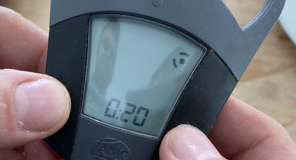 Den Audiotherm einschalten und auf 20 Minuten stellen.
