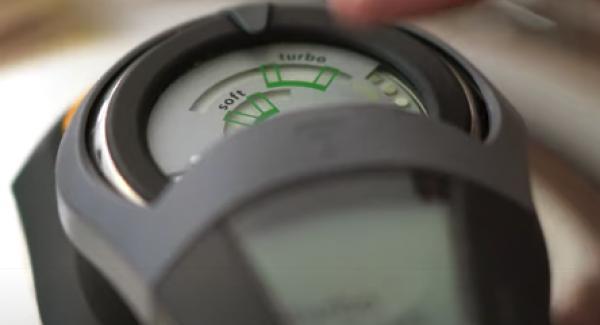 """Den Audiotherm einschalten und auf 120 Minuten einstellen. Anschließend den Audiotherm zweimal auf das """"Turbo"""" Symbol drehen."""