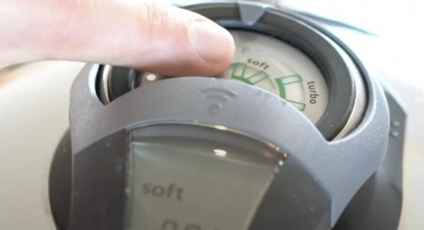 """Den Navigeno auf Stufe """"A"""" einschalten. Anschließend den Audiotherm einschalten und auf eine Minute einstellen. Anschließend den Audiotherm  zweimal auf das """"Softsymbol"""" drehen."""
