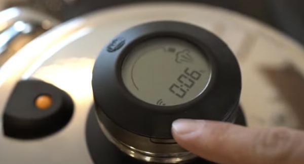 """Anschließend die Navigeno auf Stufe """"A"""" einschalten und den Audiotherm auf das Möhrensymbol für 6 Minuten einschalten."""