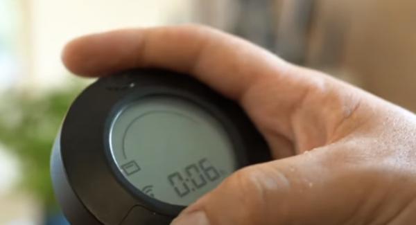 """Den Audiotherm auf das """"Backofensymbol"""" einschalten und auf 6 Minuten einstellen."""