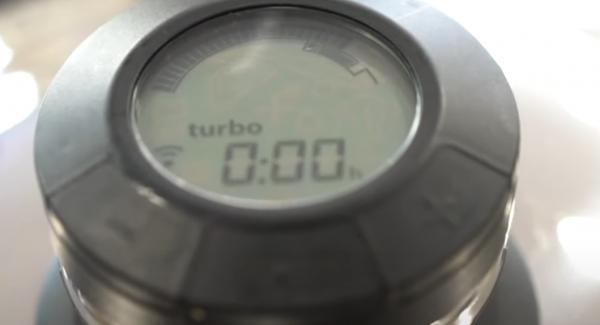 Sobald die Zeit abgelaufen ist, den Navigeno komplett ausschalten und den Topf auf der Navigeno stehen lassen, bis der Secuquick aufgeht(dauert ca. 20 Minuten).