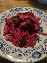 Pasta an Rote Beete und Schafskäse